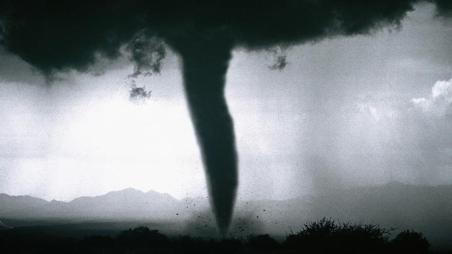 inside a tornado - 880×495